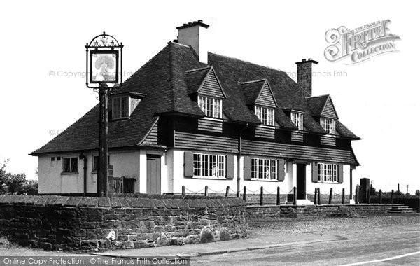 Abbey Town, The Wheatsheaf c.1965