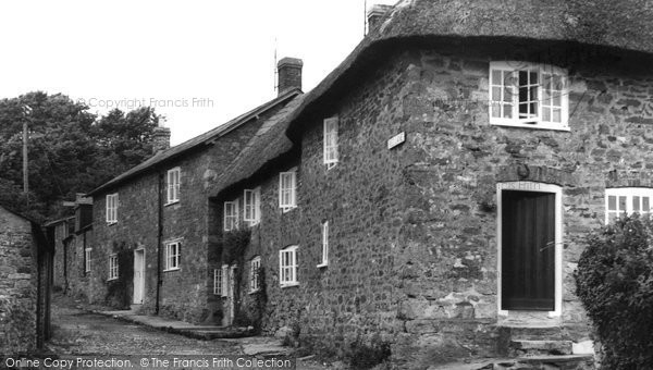 Abbotsbury, Red Lane c.1960