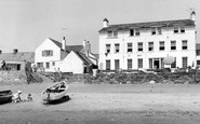 Aberdaron, Ty Newydd Hotel From The Beach c.1960