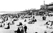 Aberdeen, the Beach and Bathing Station c1910