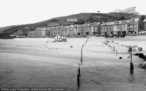 Aberdovey, The Beach 1935