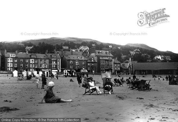 Aberdovey, The Beachfront c.1935