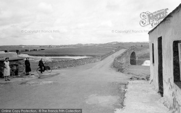Aberffraw, Old Bridge And Well c.1940