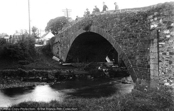 Photo of Abergarw, the Bridge 1938