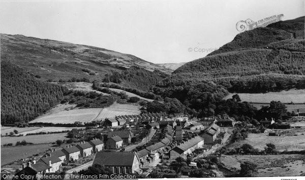Abergynolwyn, General View c.1965