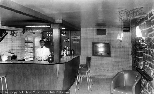 Abersoch, Harbour Hotel, Cocktail Bar c.1960