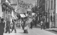 Abertillery, Pedestrians In Church Street c.1955
