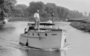 Abingdon, A Boat On River Thames c.1950