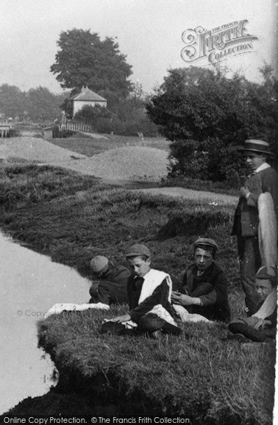 Abingdon, A Swimming Trip 1890