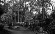 Abingdon, Abbey Gardens, Trendell's Ruins 1925