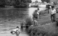 Abingdon, Boys Playing c.1960