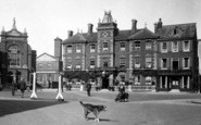 Abingdon, Queens Hotel, Market Place 1924