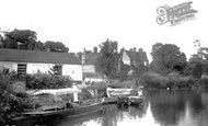 Abingdon, The Boat House 1890