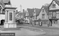 Abingdon, The War Memorial c.1950