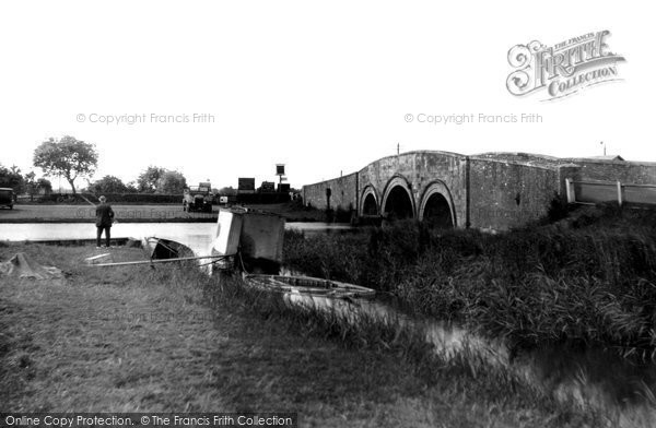 Acle, The Bridge c.1929