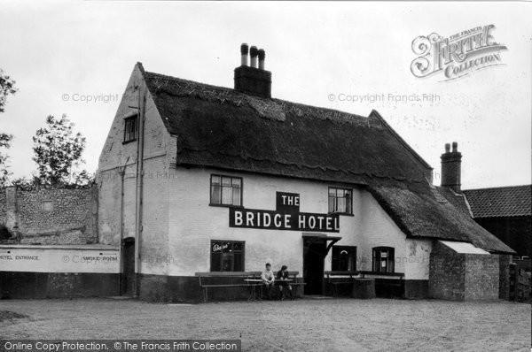 Acle, The Bridge Hotel c.1930