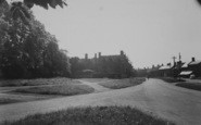 Adderbury, High Street From The Green c.1955