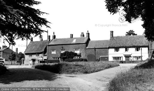 Adderbury, Oxford Road From High Street c.1955