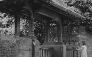 Adderbury, The Lychgate, St Mary's Church c.1955