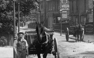 Addlestone, Horse And Cart, Station Road 1904
