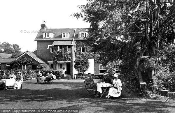Albury, The Drummond Arms 1924