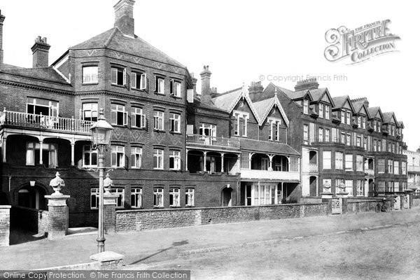 Aldeburgh, Grosvenor Place 1903