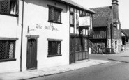 Aldeburgh, Mill Inn And Moot Hall c.1960