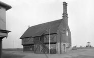 Aldeburgh, Moot Hall 1922