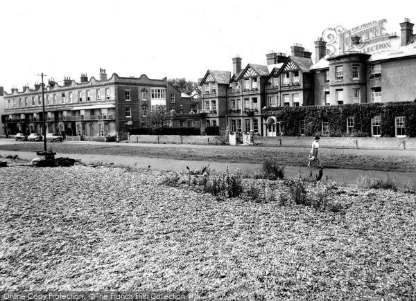 Aldeburgh, Wentworth And White Lion Hotels c.1955