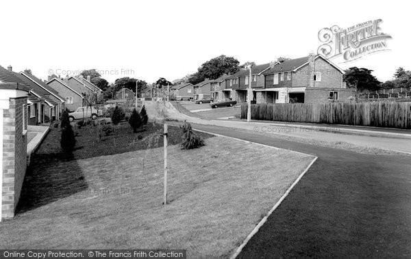 Alderley Edge, Wilton Crescent c.1965