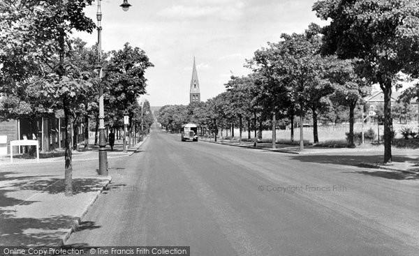 Aldershot, Queen's Avenue c.1955