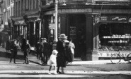 Aldershot, Union Street, People 1918