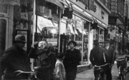 Aldershot, Union Street, People 1935