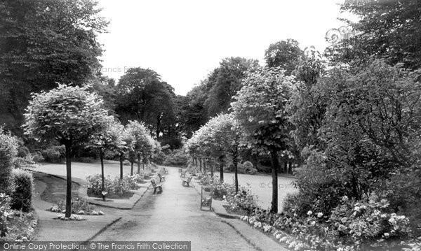 Alfreton, Watchorn Memorial Park c.1955