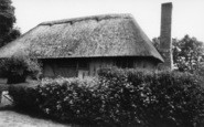 Alfriston, 14th Century Clergy House c.1960