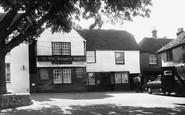 Alfriston, Ye Olde Smuggler's Inne c.1960