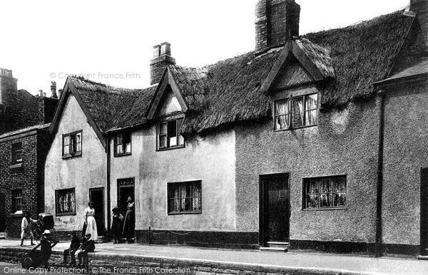 Photo of Altrincham, Old Houses 1903
