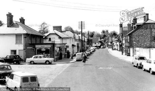 Amesbury, Salisbury Street c.1965