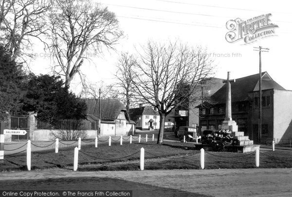 Photo of Amesbury, War Memorial c1950