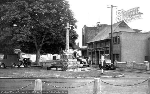 Amesbury, War Memorial c.1955