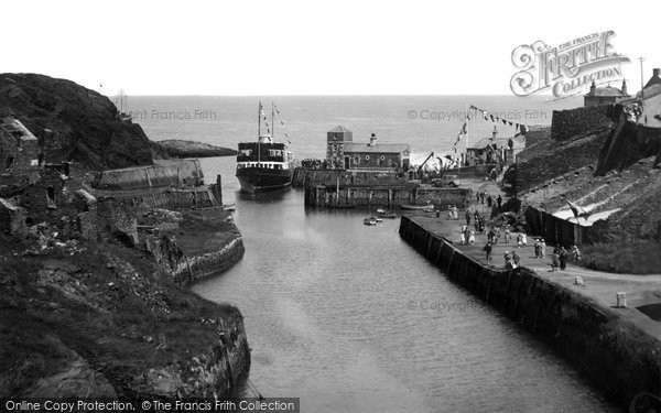 Amlwch, The Boat Calling c.1938