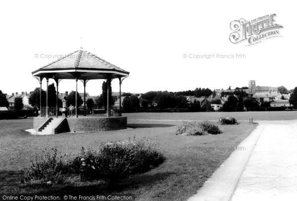 Ammanford, Ammanford Park c.1965