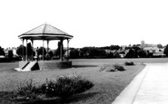 Photo of Ammanford, Ammanford Park c1965