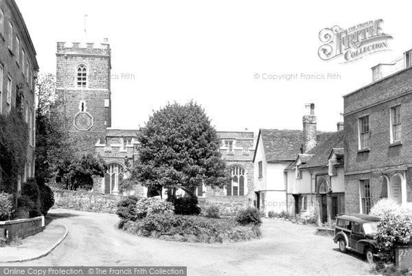 Ampthill, St Andrew's Church c.1955