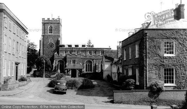 Ampthill, St Andrew's Church c.1965