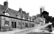 Andover, Almshouses And Church 1904