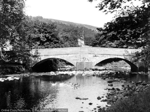 Arncliffe, River And Bridge c.1955