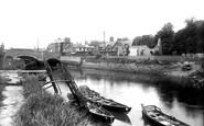 Arundel, River Arun And Bridge 1939