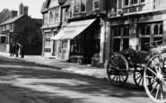 Ascot, High Street, International Stores 1906