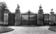 Ascot, Kings Gates 1906